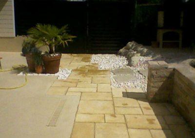 allee dalle pierres avec terrasse 1 - Maçonnerie paysagère